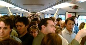 0122-crowded-train1