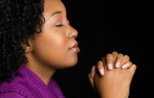 black-woman-praying