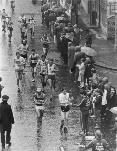 Competitors brave the rain during the first ever London Marathon