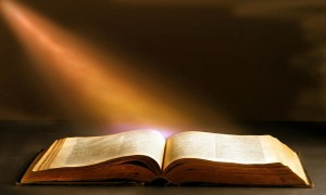 bible-with-light